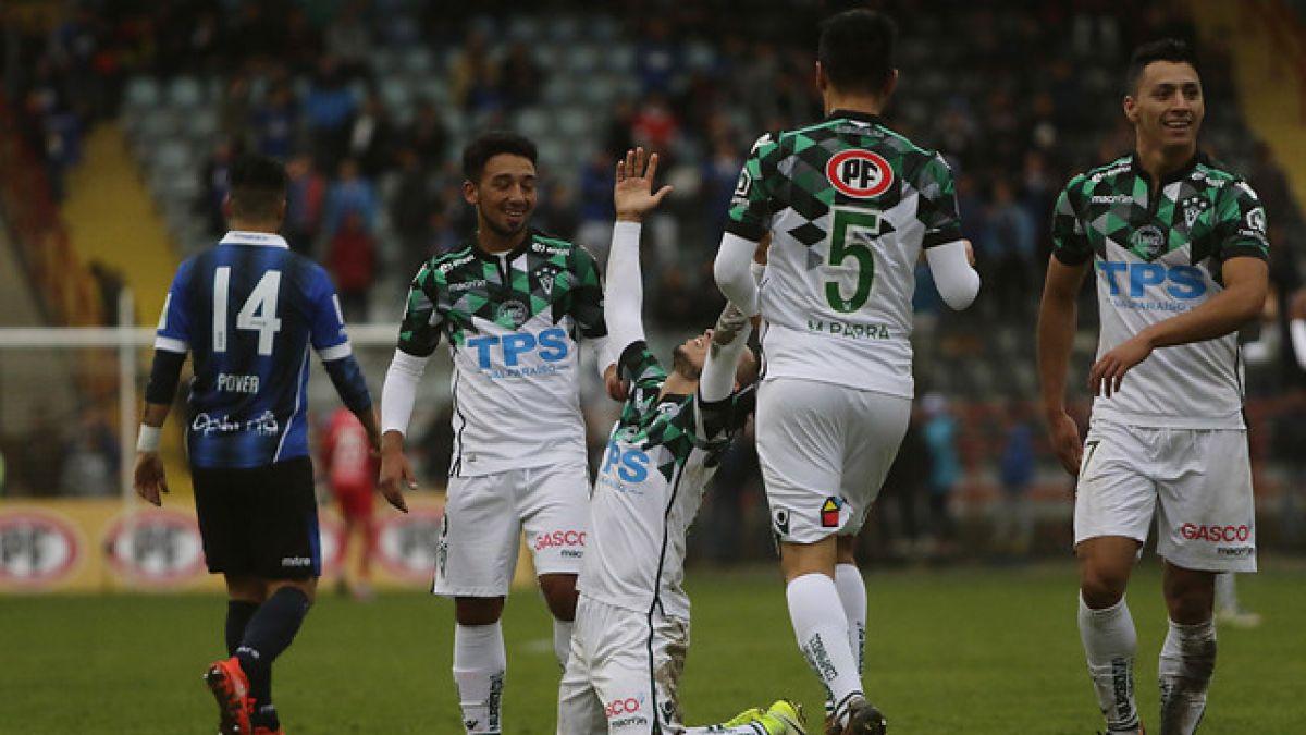 Wanderers cierra el torneo goleando a Huachipato con triplete de Rubén Farfán