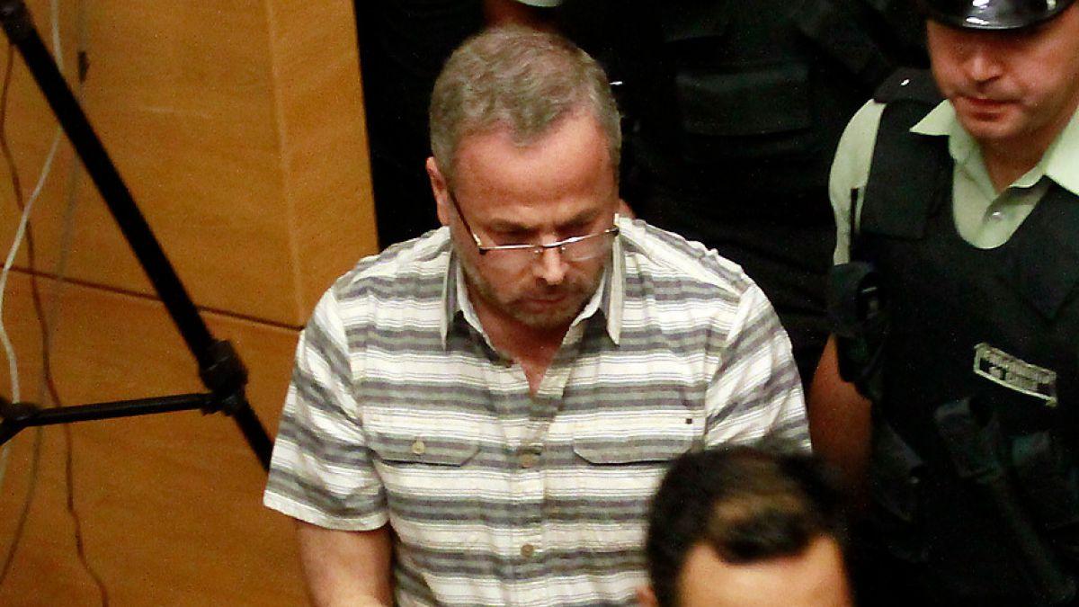 Informe emitido por Flavio Echeverría descartó irregularidades en 2011 — Fraude en Carabineros