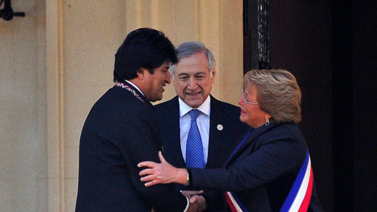 Canciller abre opción para diálogo Evo-Bachelet por 9 detenidos