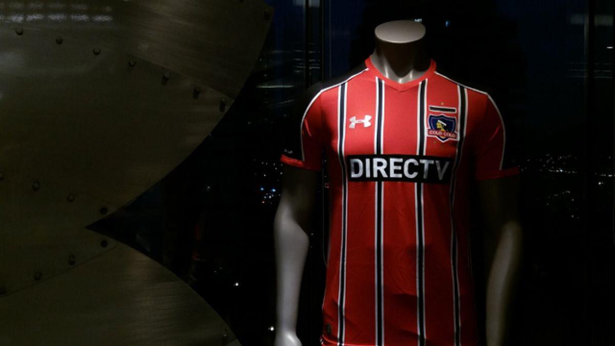 Colo Colo presenta su nueva tercera camiseta para amistosos y Copa Chile