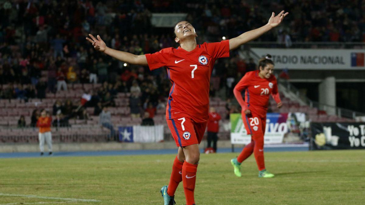 Chile aplastó a Perú en partido amistoso — Fútbol femenino