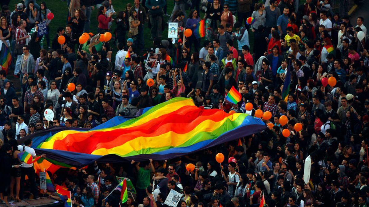 Bachelet posterga para el segundo semestre envío de ley sobre matrimonio igualitario