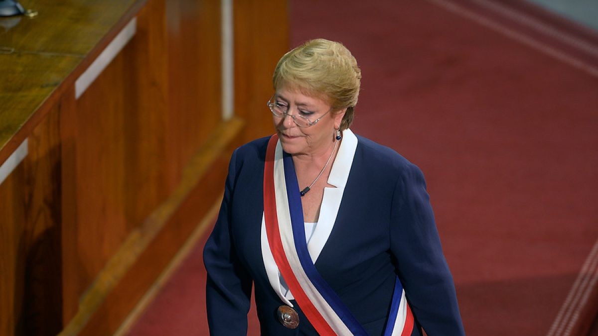 Piñera sigue liderando y Beatriz Sánchez retrocede — Cadem