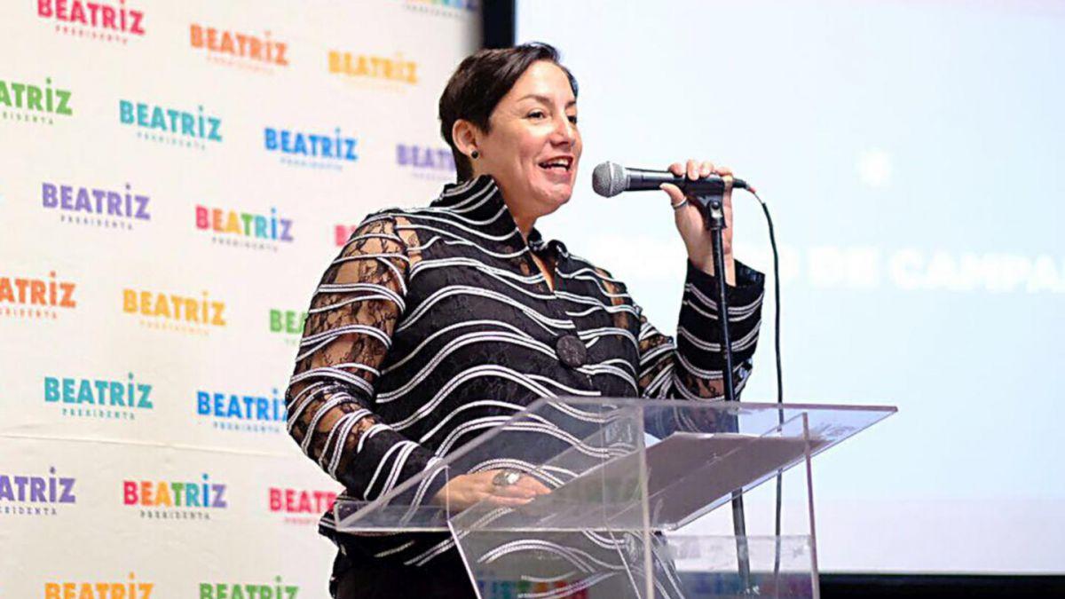 Beatriz Sánchez propone radical reingeniería en Carabineros y pide renuncia de Villalobos
