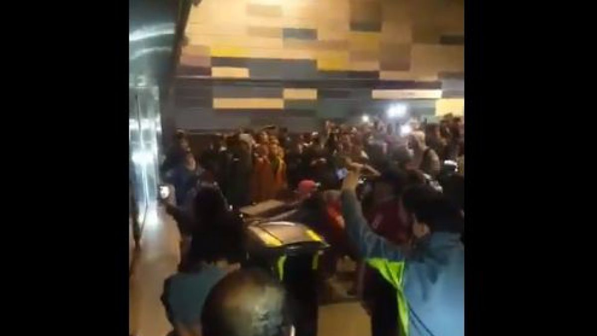Reportan incidentes en estación de Metro Tobalaba