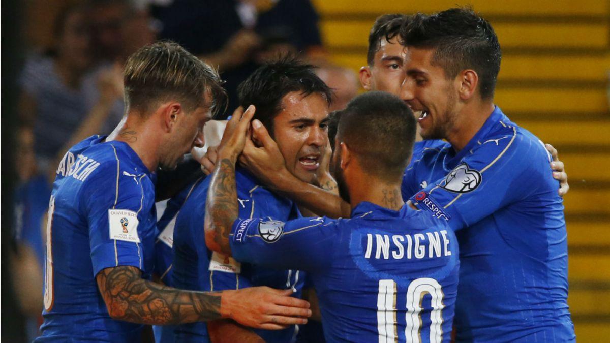 Italia y España ganan y mantienen disputa por un cupo al Mundial de Rusia 2018