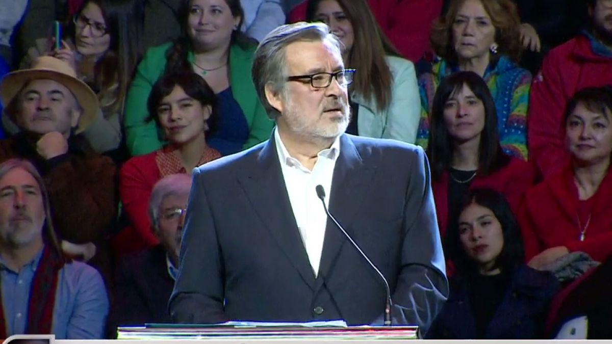 Piñera contesta llamado de Guillier a no votar