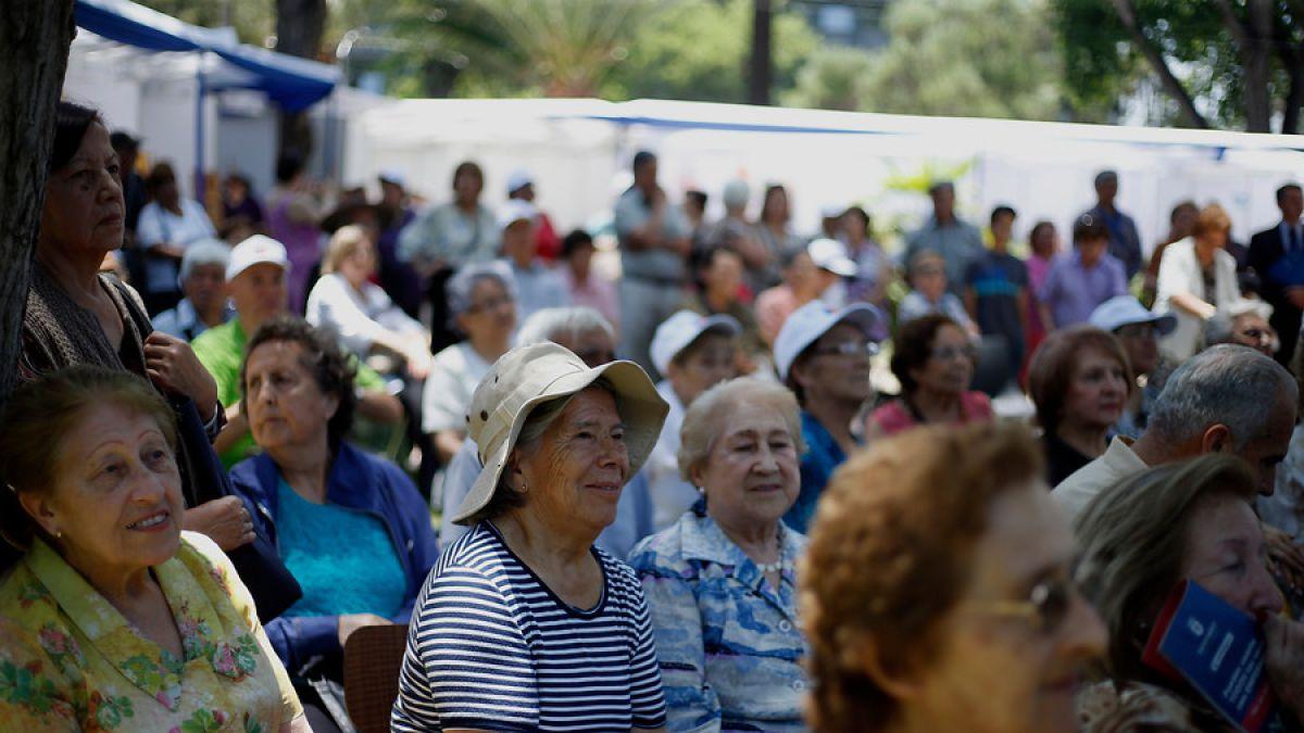 Encuesta Casen reveló considerable aumento de adultos mayores