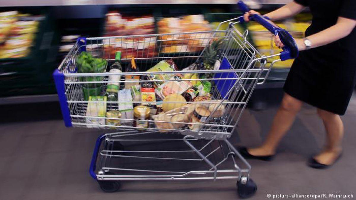 Estudios señalan que los precios de los alimentos deben aumentar para que se tome en cuenta el coste medioambiental de la agricultura industrial.