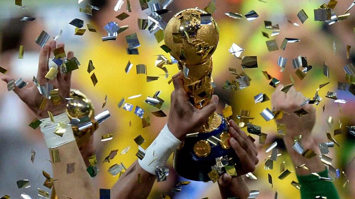 FÚTBOL-México logra agónico empate ante Portugal en Copa Confederaciones