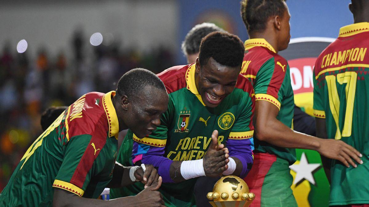 Chile acaba con Camerún en 10 minutos