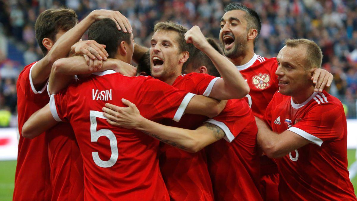 Portugal consigue su primer triunfo en Confederaciones ante Rusia