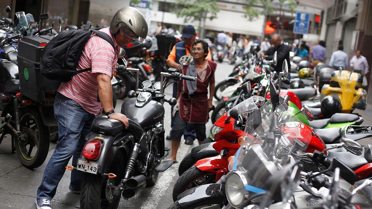 Gobierno lanza norma que eleva exigencias para motocicletas que ingresen al país