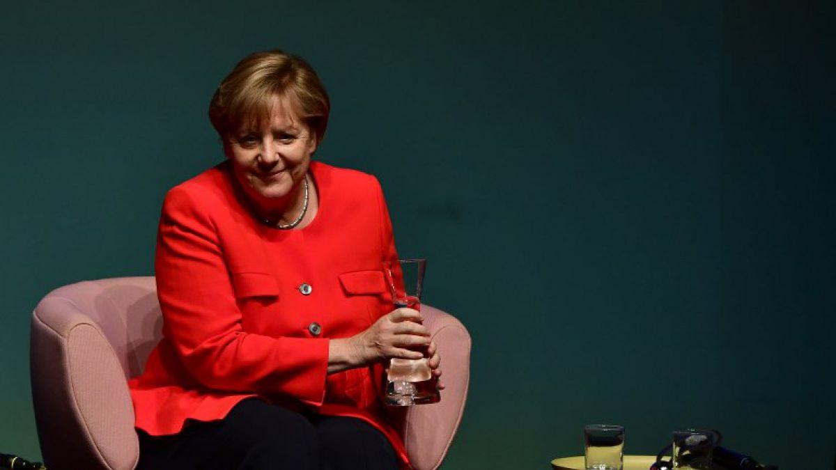 Angela Merkel se abre a legalizar matrimonio homosexual en Alemania