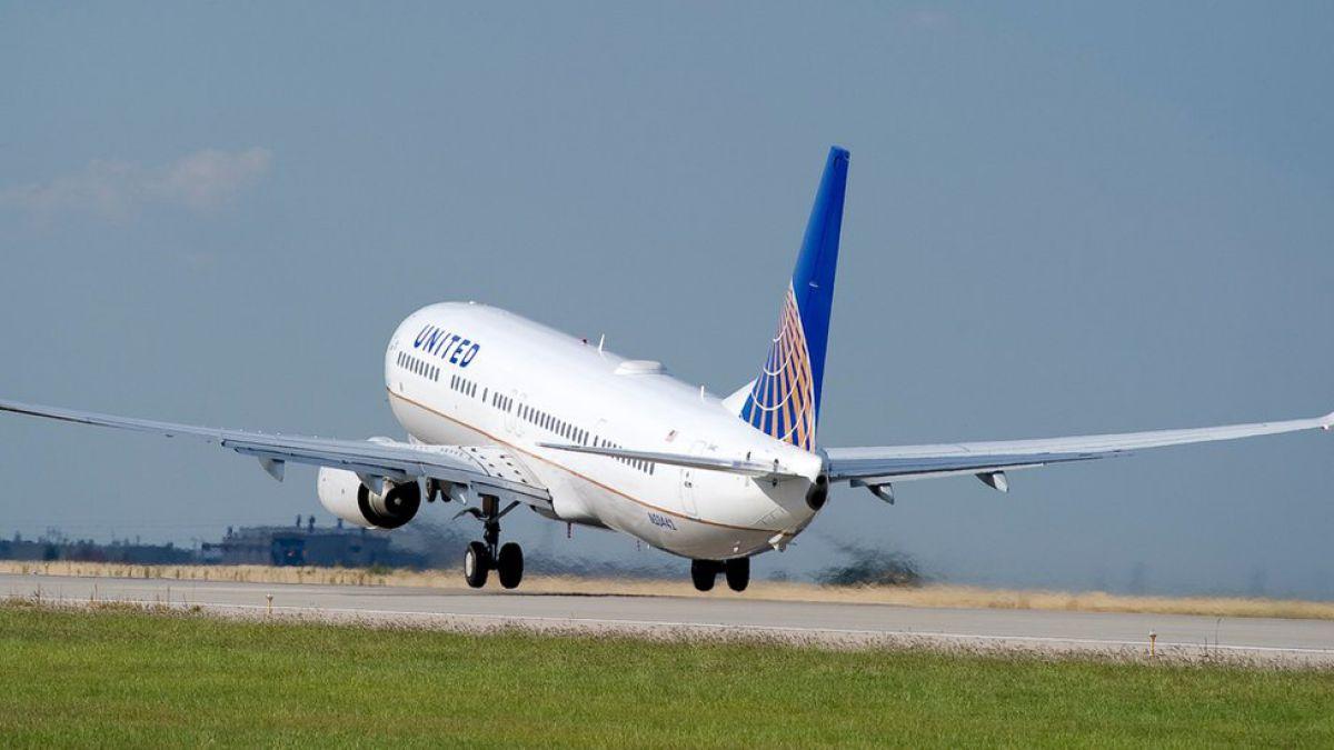 United Airlines realiza su ultimo vuelo de Venezuela