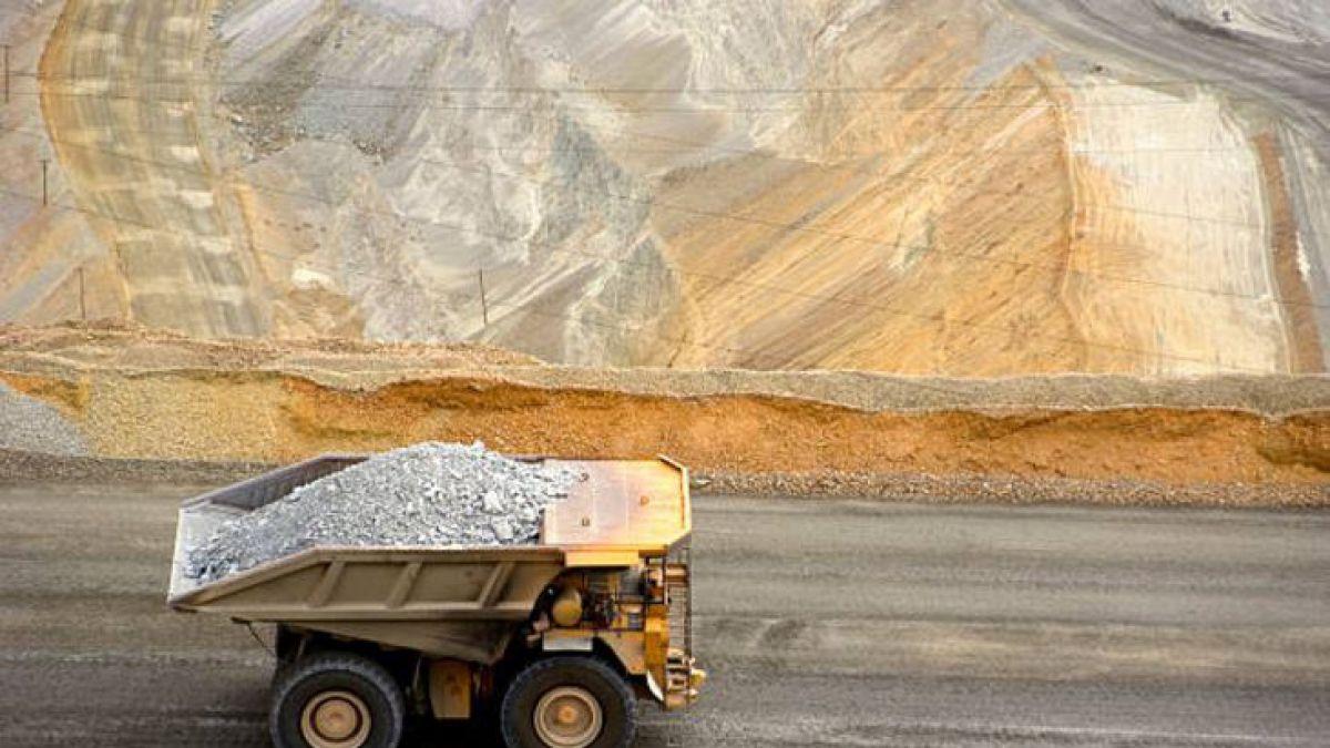 Reservas de cobre sufren la mayor caída en 12 años en Londres