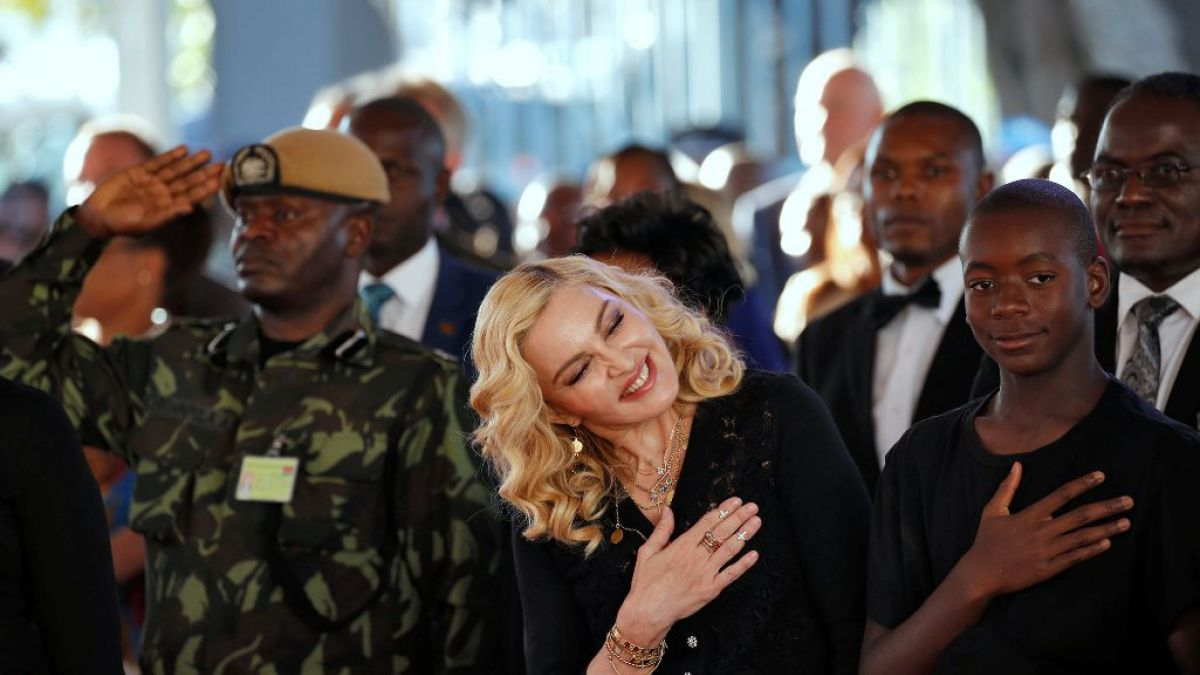 Madonna inauguró centro pediátrico en Malawi