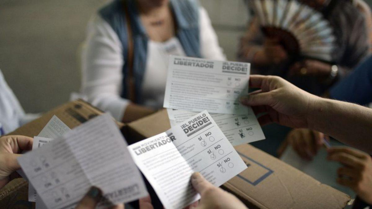 Oposición asegura que 7.2 millones de venezolanos participaron en consulta contra Maduro