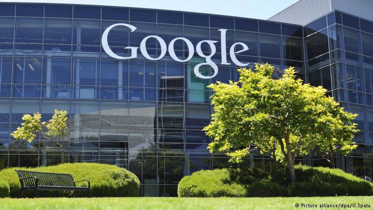 Ganancia de Alphabet supera estimaciones pese a multas