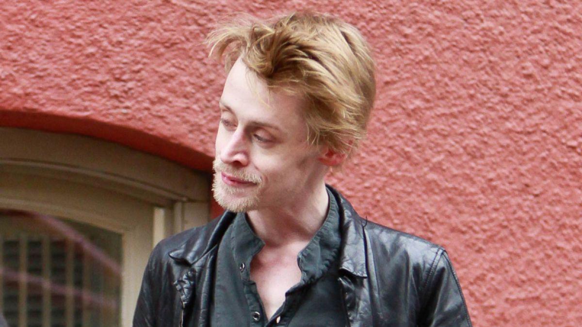 Lo logró: Macaulay Culkin deja atrás esta imagen y sorprende con renovado look