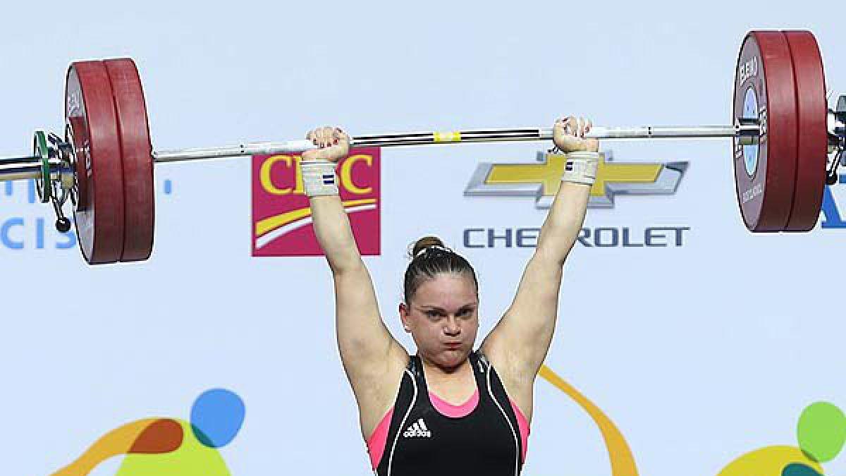 María Fernanda Valdés logró dos medallas de oro en Panamericano de Pesas