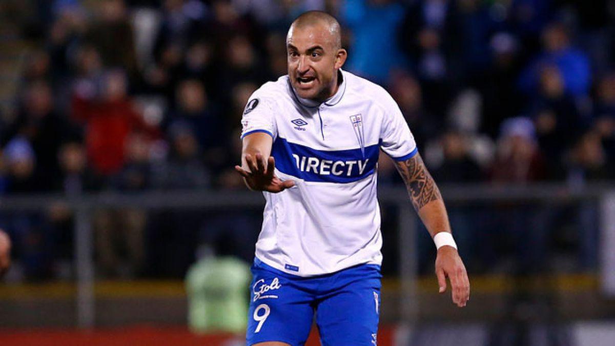 Esteban Paredes podría jugar su último partido en Colo Colo