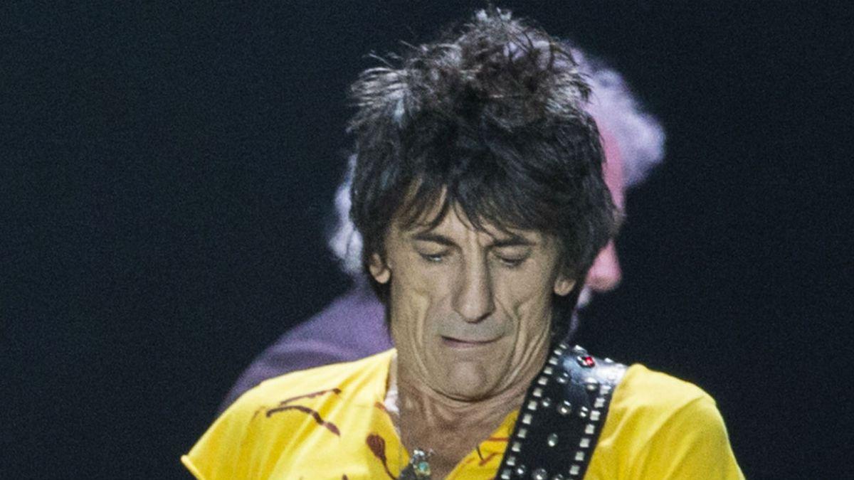 Ronnie Wood, de The Rolling Stones, tuvo cáncer de pulmón   Tele 13 3a71267b4c