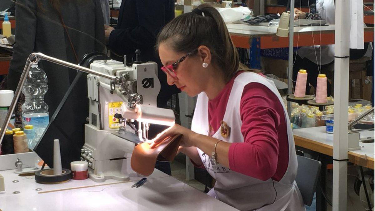 Ubrique, el pequeño pueblo de España donde se fabrican bolsos de Gucci, Louis Vuitton y Chanel