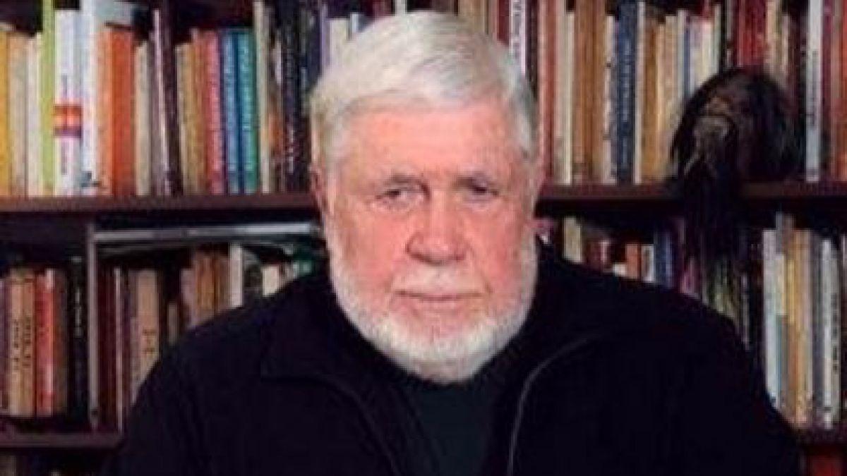 A los 81 años muere el escritor chileno Poli Délano
