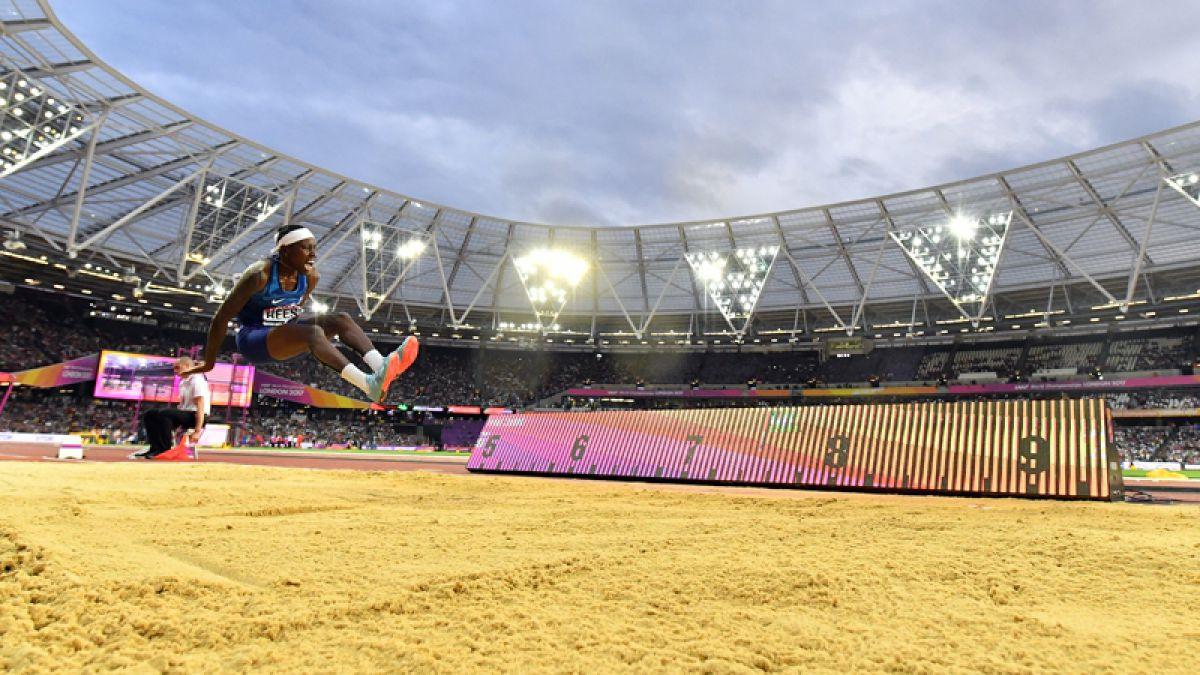Brittney Reese emociona tras ganar un nuevo oro en salto largo de Londres 2017