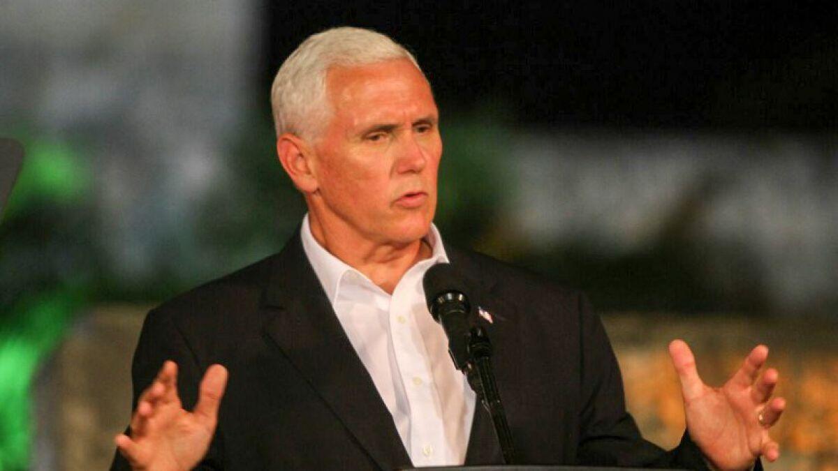 Mike Pence le pide América Latina presionar a Venezuela