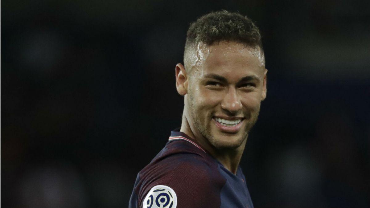 Neymar baila al Toulouse en su estreno en el Parque de los Príncipes con el PSG