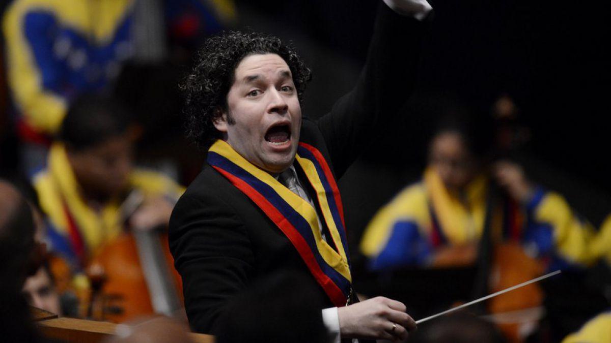 VENEZUELA: Despacho de la Presidencia suspendió gira de Gustavo Dudamel