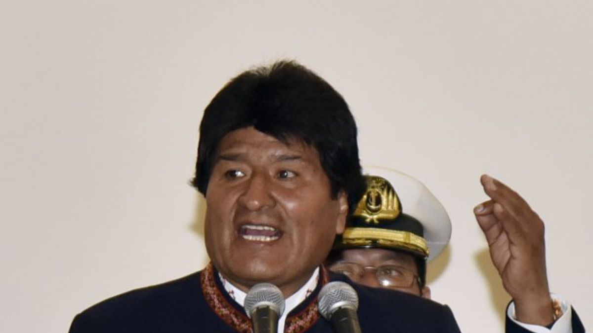 Jura Comisión de la Verdad en Bolivia para investigar crímenes de dictaduras