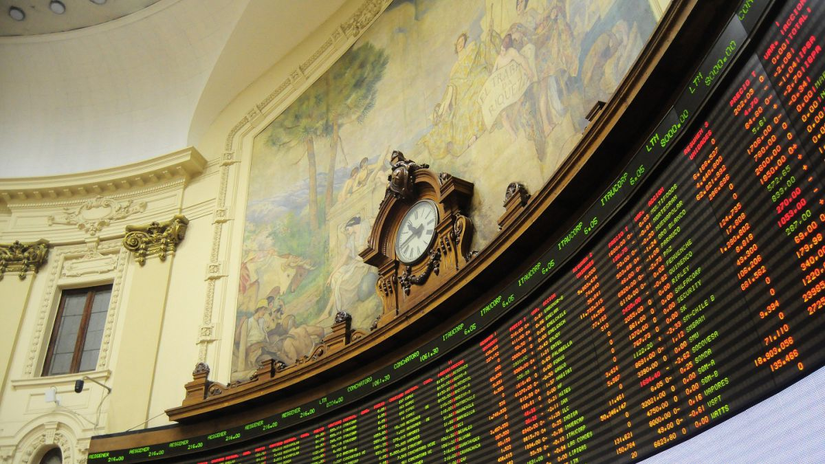 Bolsa de Santiago cierra con baja de 0,28% a 5.101,73 puntos