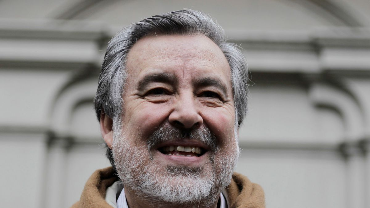 Guillier reafirmó críticas a BancoEstado tras rechazo de crédito