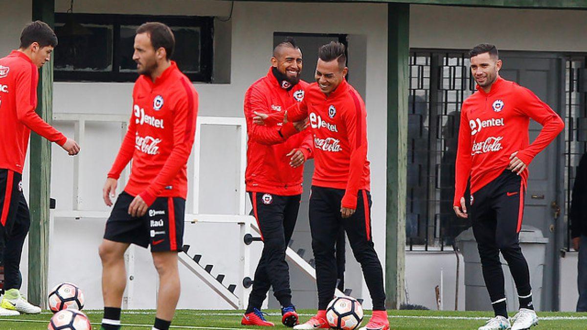 [VIDEO] Chile entrena con Arturo Vidal en cancha y Alexis Sánchez llega a Pinto Durán