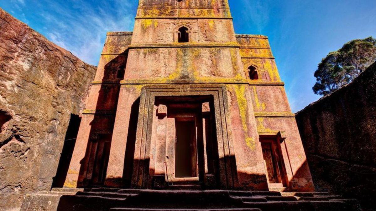 Resultado de imagen de church of saint george, lalibela