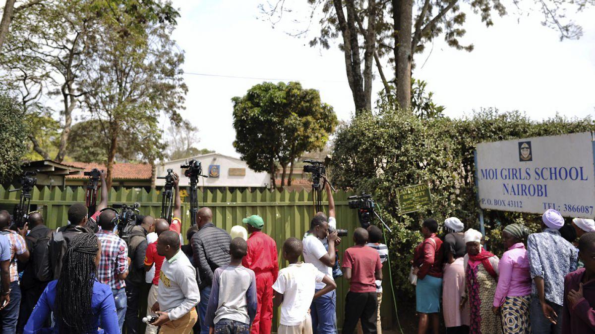 Kenia: Siete niñas muertas por incendio