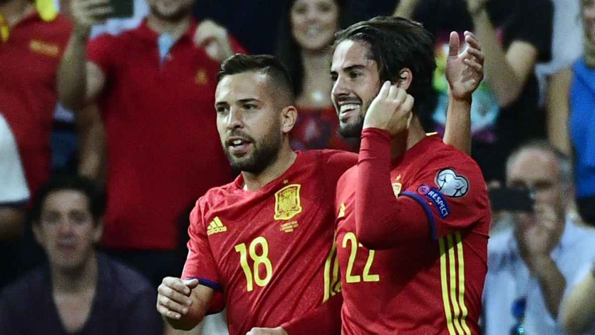 España golea a Italia y está un paso más cerca del Mundial de Rusia