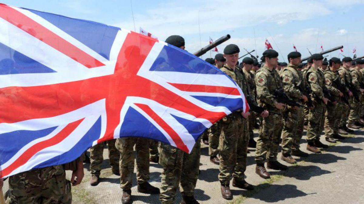 Cuatro militares británicos detenidos bajo la sospecha de pertenecer a un grupo neonazi