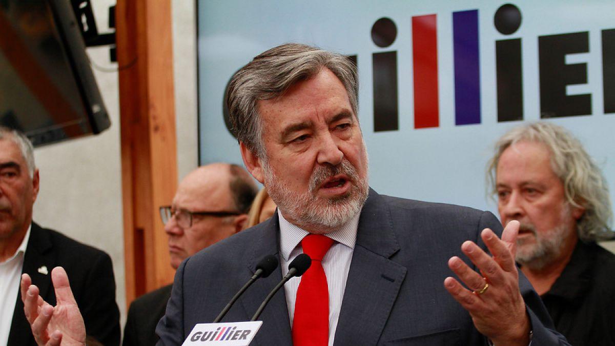 Las explicaciones de Guillier ante la polémica por informes copiados de internet