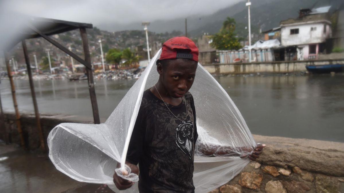 Resultado de imagen para Norte de Haiti comienza a tener inundaciones por huracan Irma