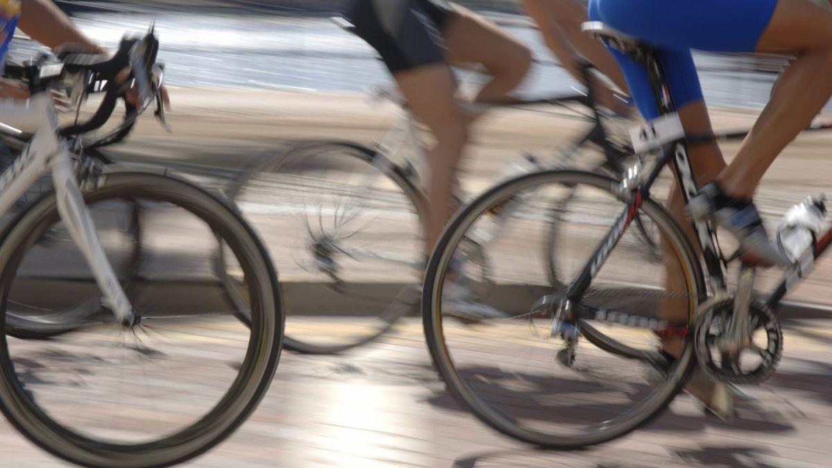 ¿Realmente es necesario vestirse con licra para andar en bicicleta?