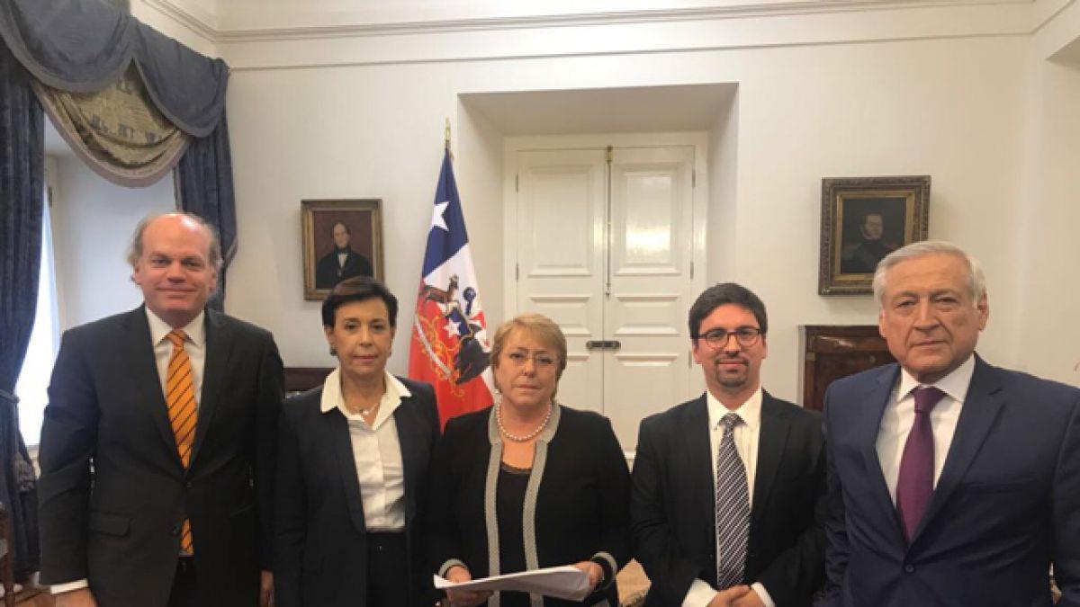 Algunos países intentan facilitar diálogo en Venezuela — Canciller de Chile