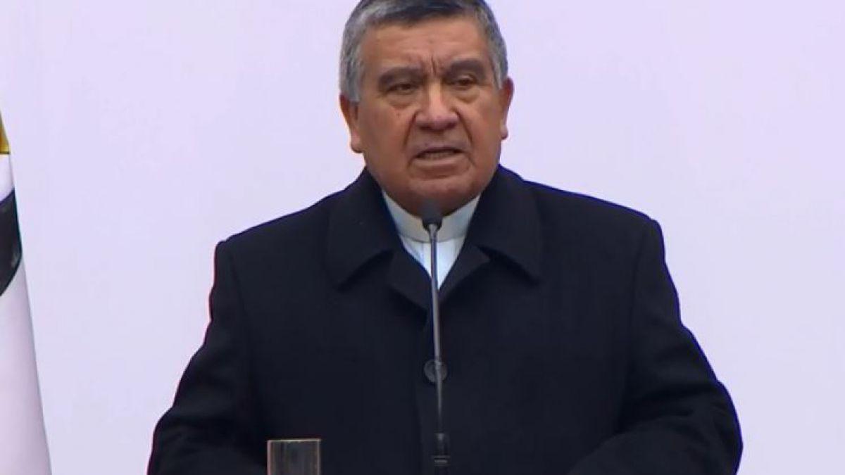 El gesto del capellán evangélico de La Moneda a Bachelet en conmemoración del 11 de Septiembre