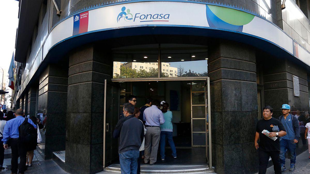 Excesos de Fonasa: revisa el calendario de próximos pagos