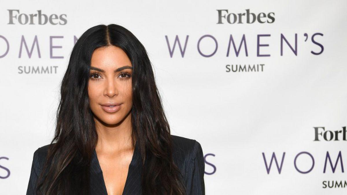 El extraño look de Kim Kardashian que impresiona a todos