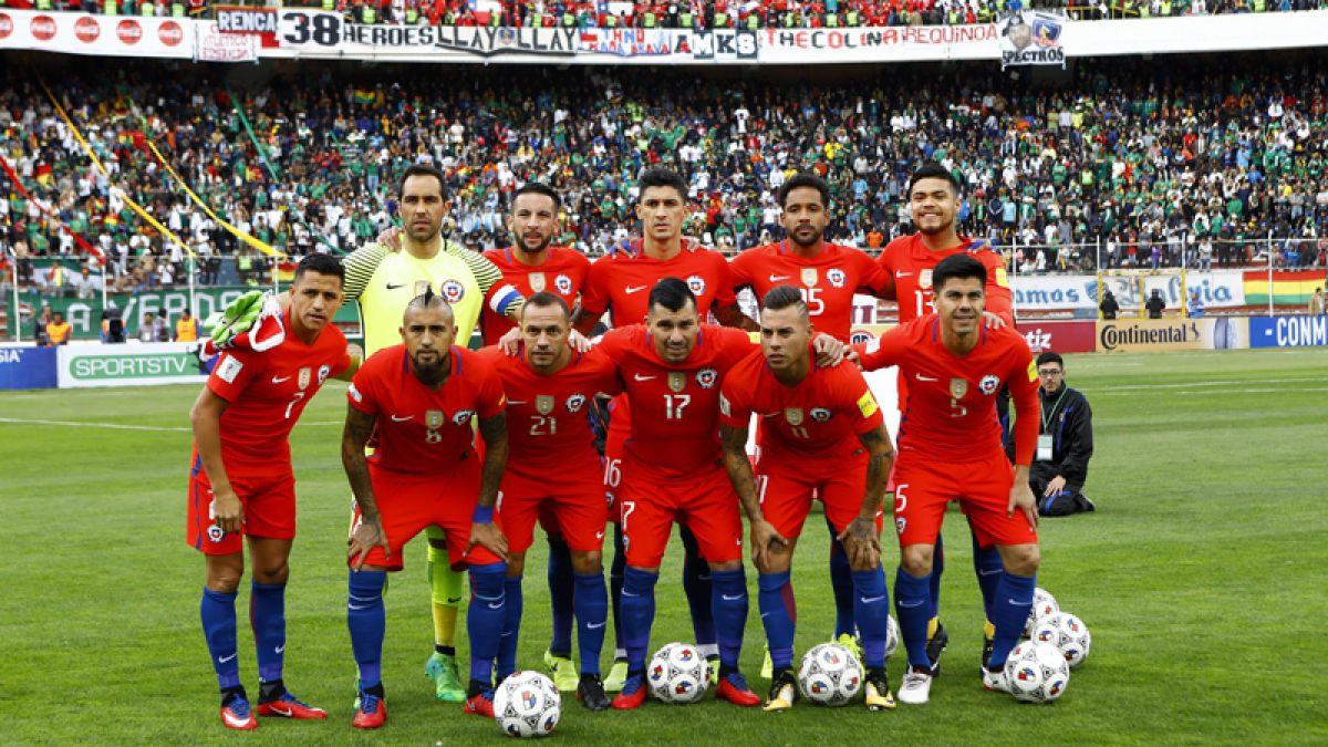 Chile arriesga nuevo castigo de FIFA por cánticos homofóbicos de sus hinchas en Bolivia