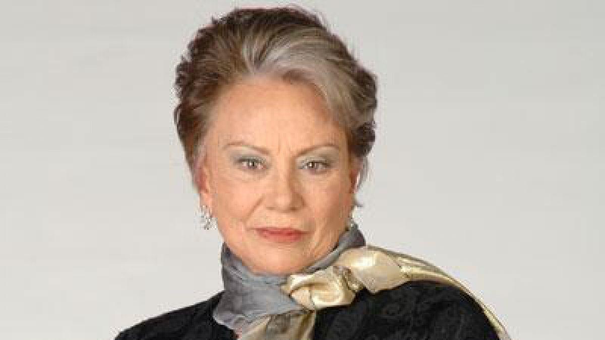 Muere Saby Kamalich, protagonista de la teleserie Simplemente María